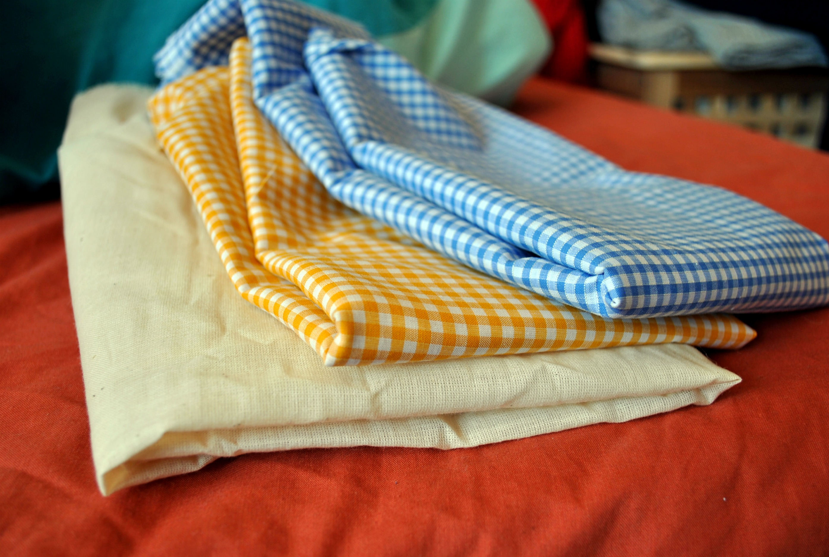 Burp cloths tutorial a little bit of nonsense i made three burp cloths two yellow and one blue this tutorial will give directions for one cloth just to keep it easy baditri Image collections
